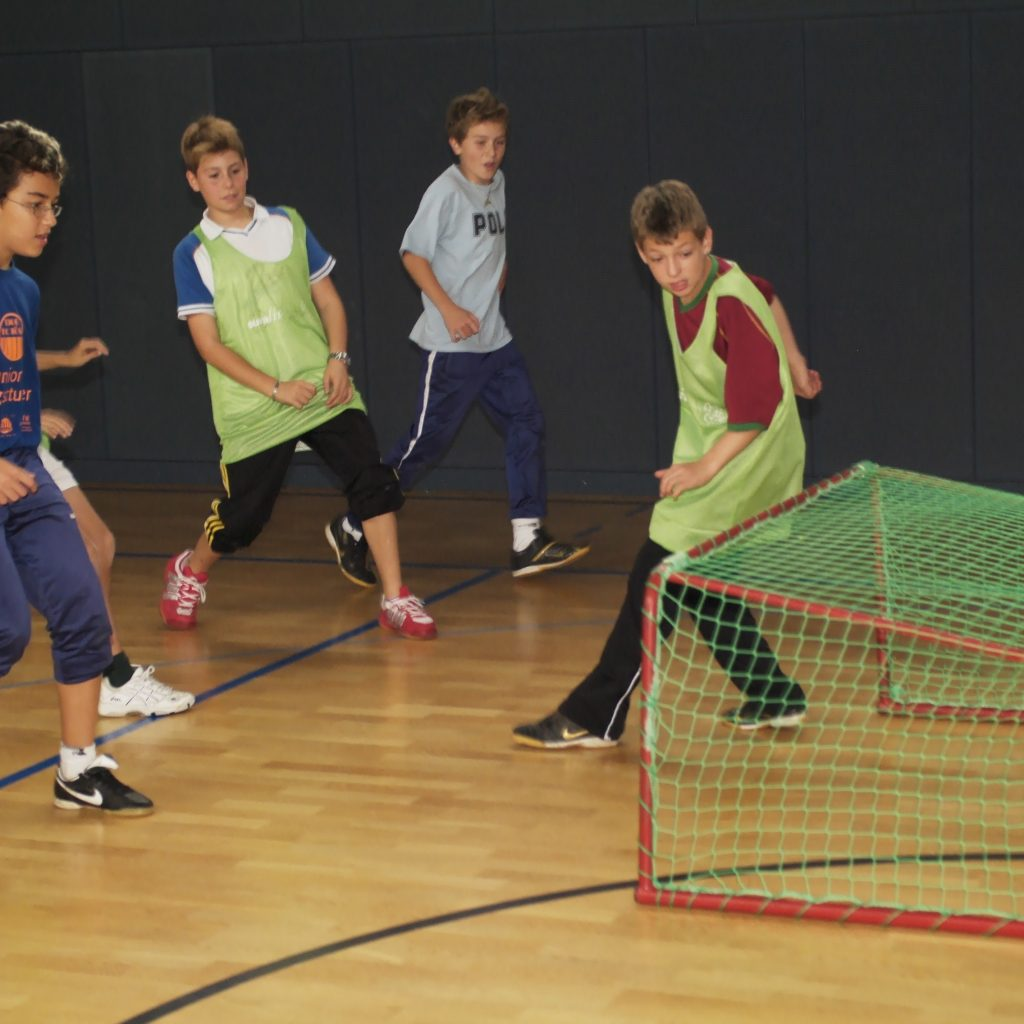 Kinder Fusball alt